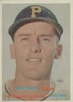 1957 Topps      199     Vern Law