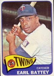 1965 Topps Baseball Cards      490     Earl Battey