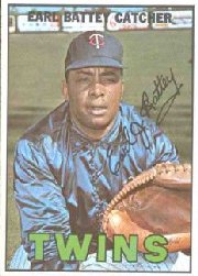 1967 Topps Baseball Cards      015      Earl Battey