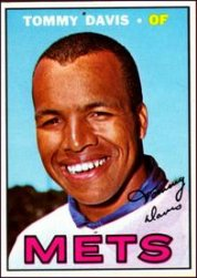 1967 Topps Baseball Cards      370     Tommy Davis