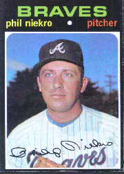 1971 Topps Baseball Cards      030      Phil Niekro