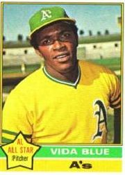 1976 Topps Baseball Cards      140     Vida Blue