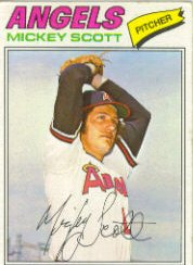 1977 Topps Baseball Cards      401     Mickey Scott