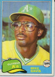 1981 Topps Baseball Cards      364     Mike Davis RC