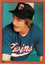 1982 Topps Baseball Stickers     205     Rob Wilfong