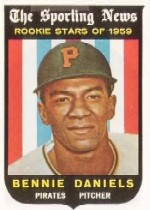 1959 Topps Baseball Cards      122     Bennie Daniels RS