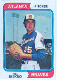 1974 Topps Baseball Cards      029      Phil Niekro
