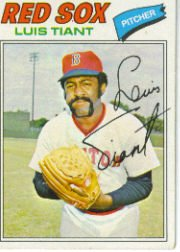 1977 Topps Baseball Cards      258     Luis Tiant