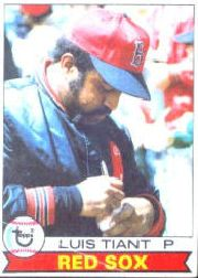 1979 Topps Baseball Cards      575     Luis Tiant