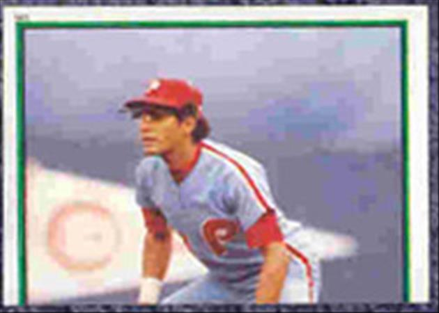 1983 Topps Baseball Stickers     141     Manny Trillo RB