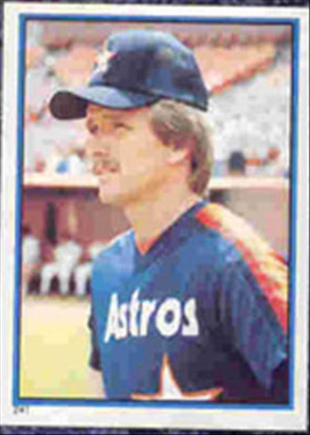 1983 Topps Baseball Stickers     241     Alan Ashby