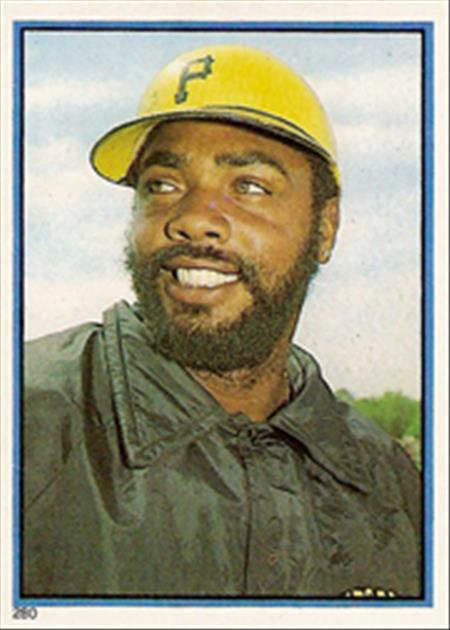 1983 Topps Baseball Stickers     280     Dave Parker