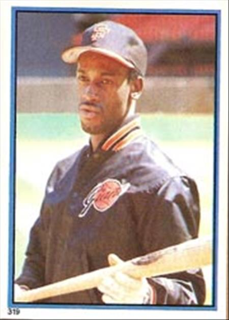 1983 Topps Baseball Stickers     319     Chili Davis