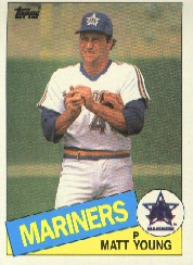 1985 Topps Baseball Cards      485     Matt Young