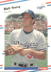 1988 Fleer Baseball Cards      530     Matt Young