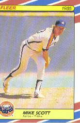 1988 Fleer Superstars Baseball Cards   034      Mike Scott